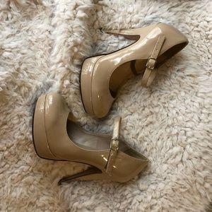 Beige heels.